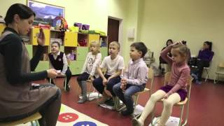 первоклашки говорят по-английски