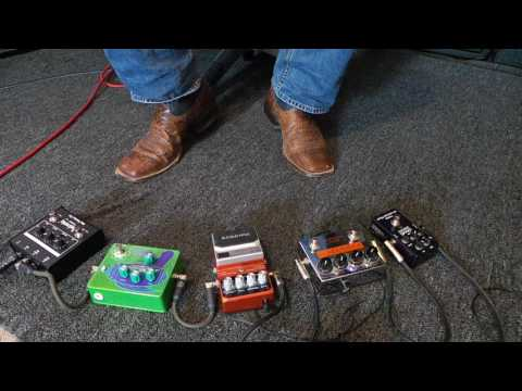 Sadowsky SBP1 w/ various bass guitar effects pedals - Andy Irvine