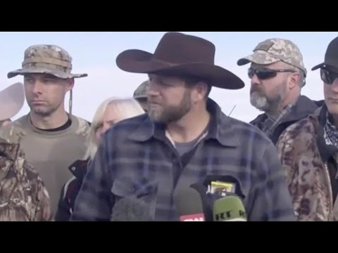 Oregon standoff ranchers hold a news conference