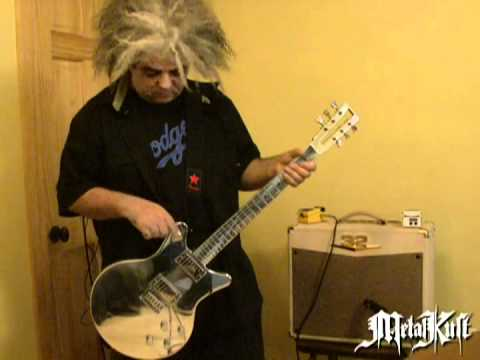 Melvins Lesson: King Buzzo Introduces His New Guitar