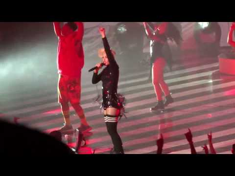"Gwen Stefani - ""What You Waiting For?"" (Live in Las Vegas 3-8-19) Mp3"