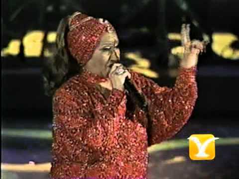 Celia Cruz, La vida es un carnaval, Festival de Viña 2000