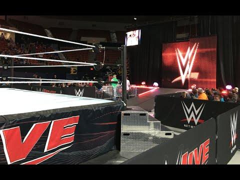 WWE Live 12/04/15 FRONT ROW (Johnson City, TN) | Brandon Hodge Vlog #16