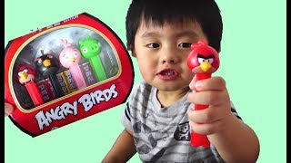 Angry Birds PEZ Candy Dispenser Toy