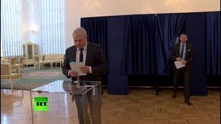Россияне, проживающие в Китае, проголосовали на выборах президента России