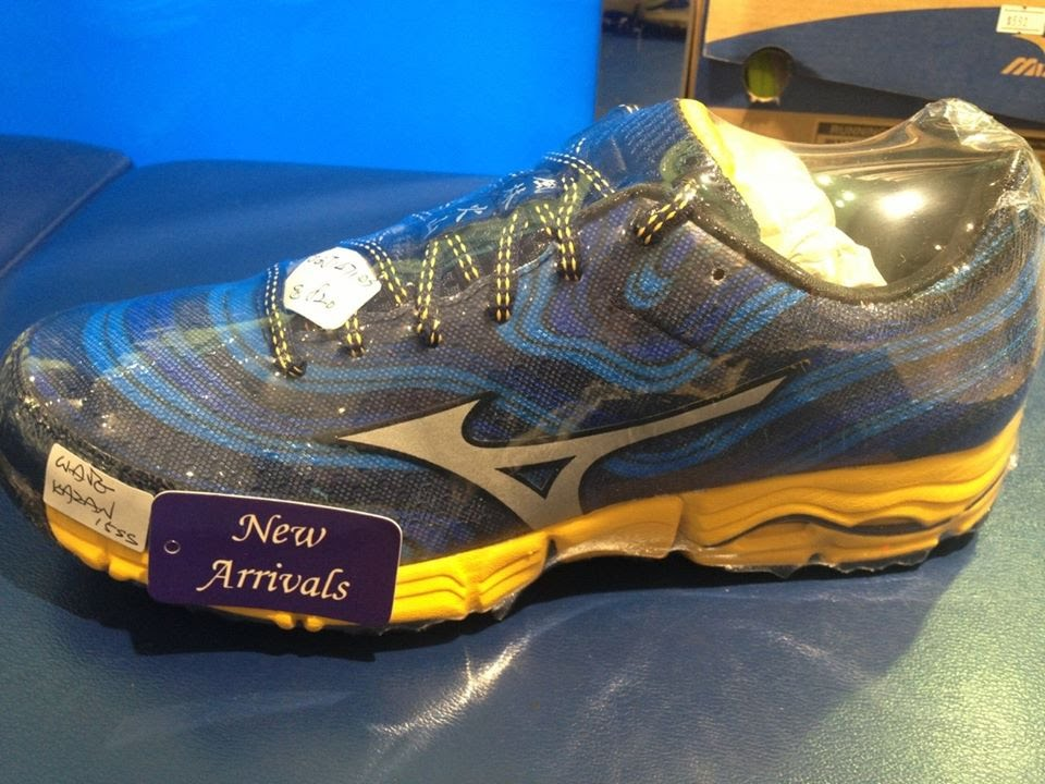 mizuno men's wave kazan trail running