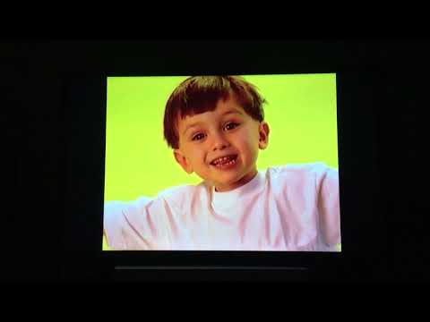 opening-to-charlotte's-web-1997-vhs