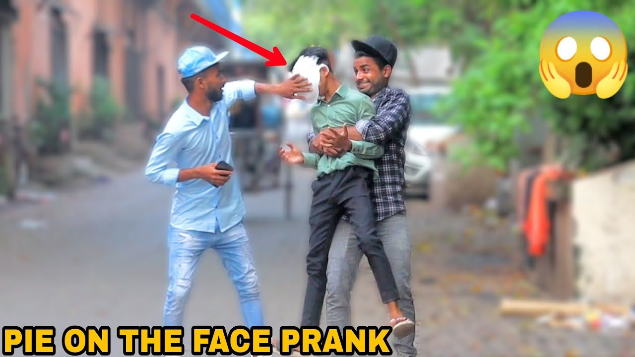 PIE IN THE FACE PRANK ! || PRANK IN INDIA || MOUZ PRANK