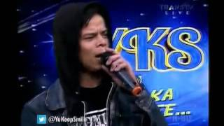 Download lagu Luna Maya kecewa udah manggil sayang eh malah Ariel KW yg datang YKS 160614