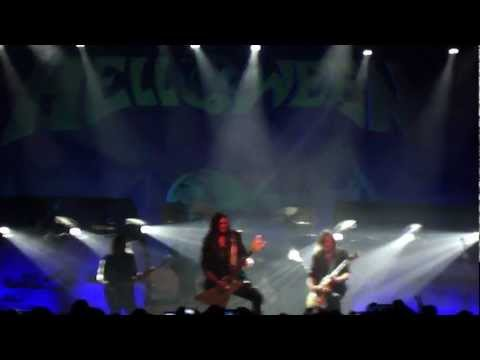 "HELLOWEEN ""Hold me in your arms"" live ALCATRAZ 5marzo2013"