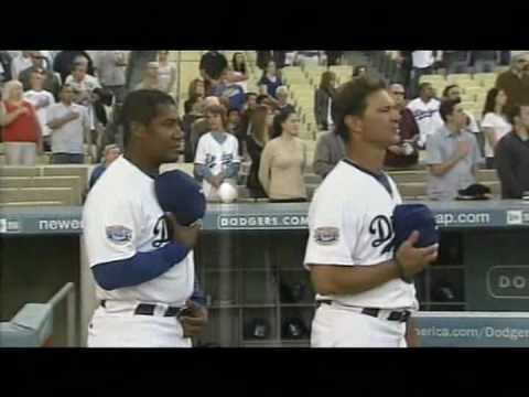 Harold Perrineau Singing @ The Dodgers Stadium
