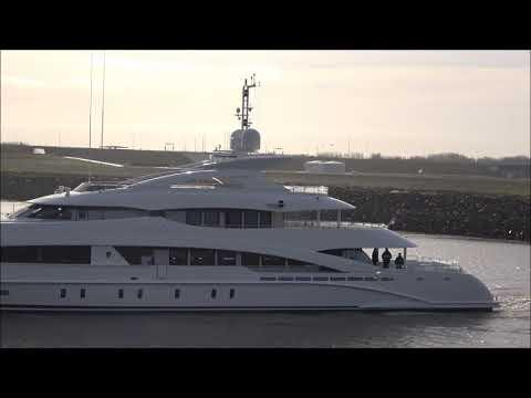 It's Tuesday again with Heesen Yachts' superyacht VanTom