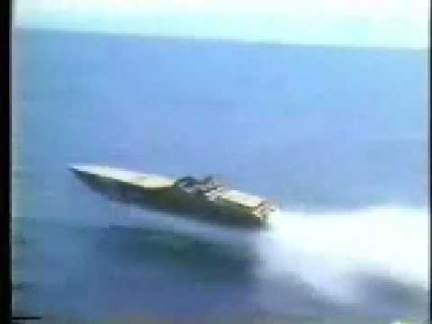 Offshore Powerboat Racing when boats were boats!