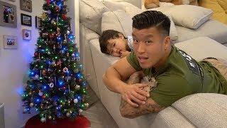 We Put Up A Christmas Tree!!!