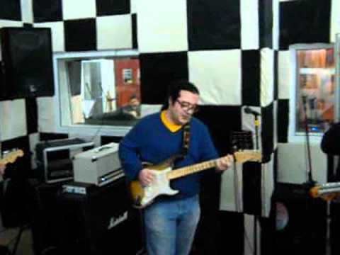 Ozgur Calı And Dr.Barlo Jams In Retro Studios