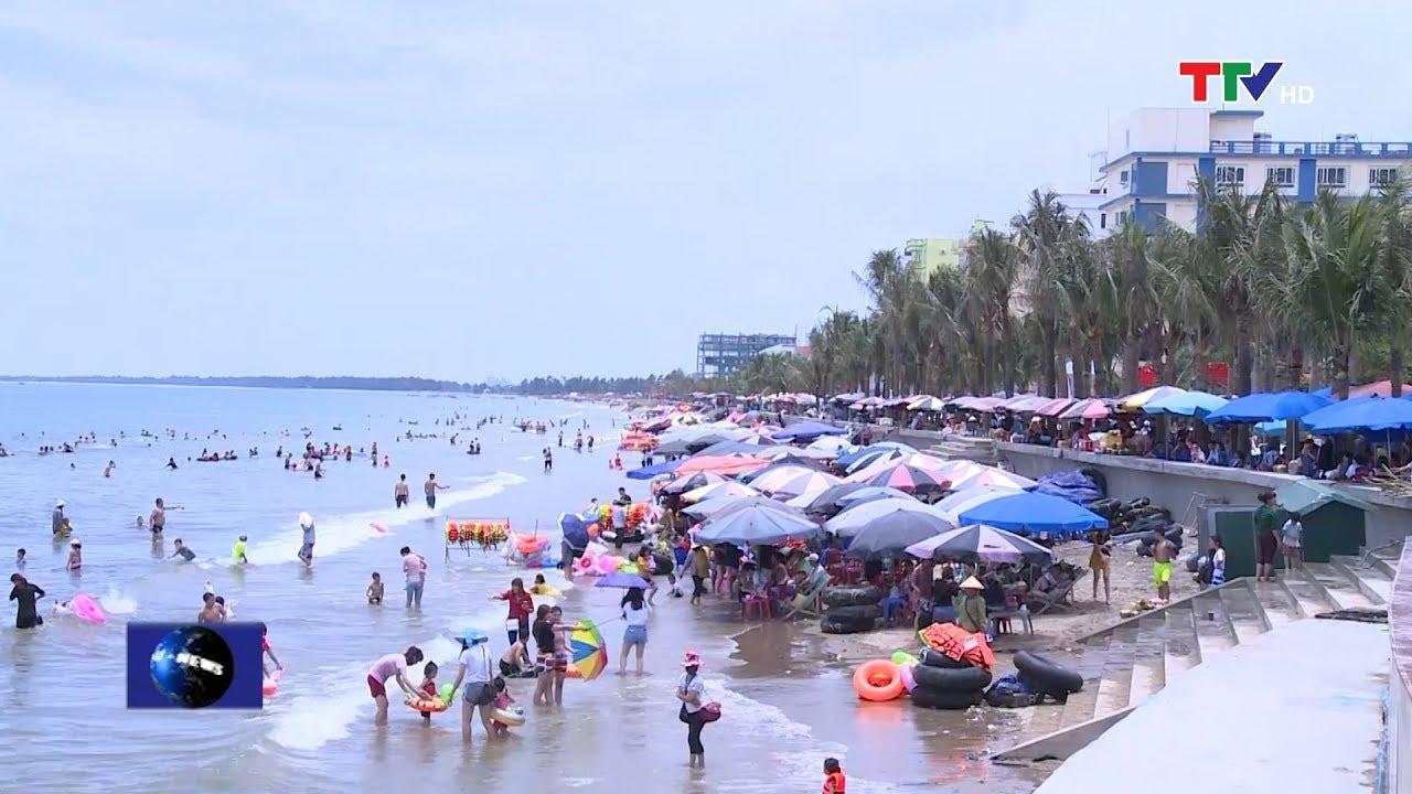 Nghỉ lễ 30/4, 1/5 khu du lịch biển Hải Tiến thu hút gần 45 nghìn lượt du khách