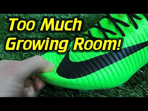 Leaving Extra Growing Room in Soccer Cleats/Football Boots - Good or Bad Idea?