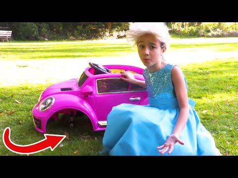 Princess Olivia's Car Breaks Down! | Kiddyzuzaa - Princesses In Real Life
