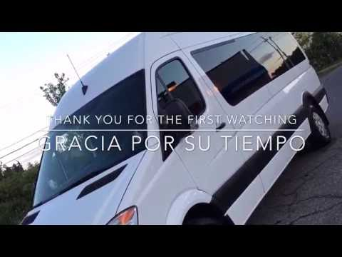 TOUR OF THE MOBILE BARBERSHOP &  BARBER TOOLS/BARBERIA MOBILE/JEFF THE MASTER BARBER MOBILE HAIRCUTS