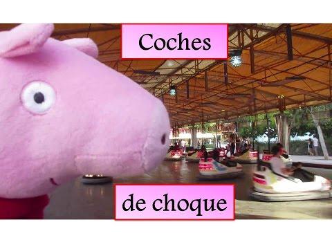 Peppa Pig en los coches de choque