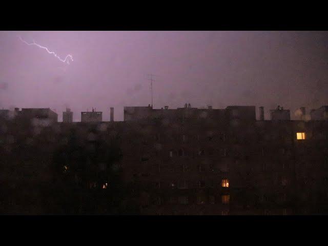 Nocna nawałnica Kraków - Burza, grad, deszcz 24-25.06.2021