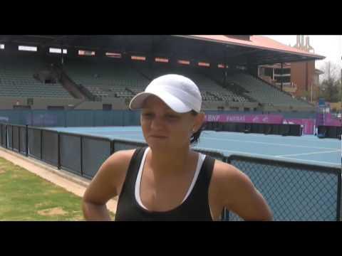 Casey Dellacqua In Adelaide