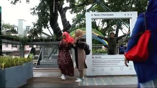 Jalan - Jalan Ke Skywalk Cihampelas Bandung