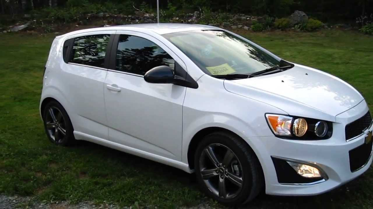 2013 chevrolet sonic rs turbo summit white manual 6spd walkround and interior hd1080p youtube. Black Bedroom Furniture Sets. Home Design Ideas