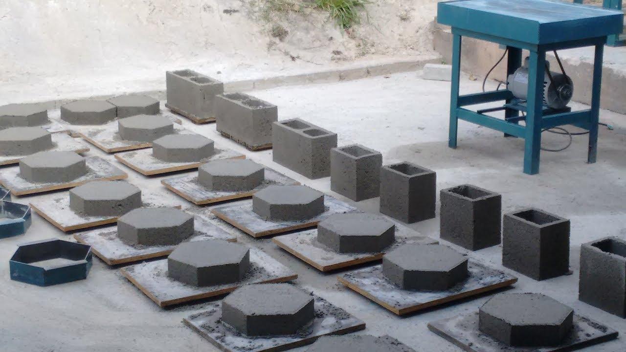 Maquina vibratoria para forma manual de blocos e pavimento - Pavimento de cemento ...