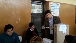 Video: El diputado Nilson Ortega sufragó