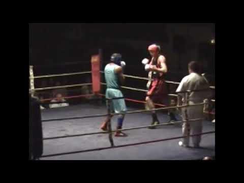 Grégory Login et Walid Karkoud au gala de boxe de Marcheprime - Ussap Boxe - 2006