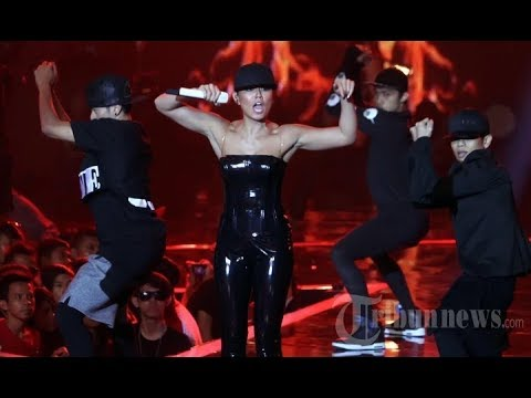 AGNEZ MO [Full Segment] Shut 'em Up , Matahariku , Coke Bottle @ HUT SCTV 24   YouTube