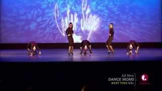 Dance Moms - Beautiful Bizarre (S5, E23)