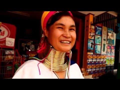 กะเหรี่ยงคอยาวLong neck Kayan lady at Pattaya ,Thailand