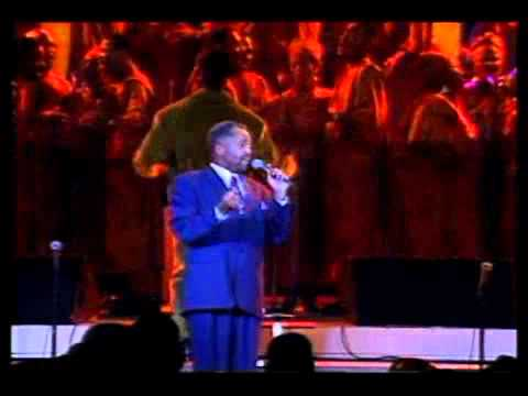 Daryl Coley with Tri-City Singers - When Sunday Comes.flv