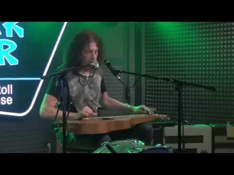 GWYN ASHTON -    live