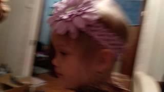 🎀 Ежевично-клубничная конфета - писька. Ребенок показывает гимнастику с занятий