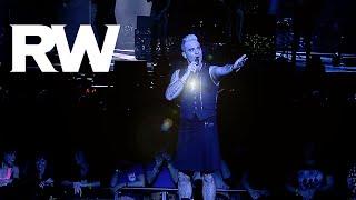 Video Robbie Williams | No Regrets live in Paris | LMEY Tour 2015 download MP3, 3GP, MP4, WEBM, AVI, FLV Oktober 2018
