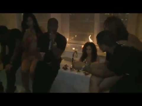 lesbian Girls Kissing YouTubeиз YouTube · Длительность: 3 мин30 с