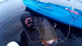 Зима Подводная охота Сомы Бездорожье зимой Первый выход на каяке