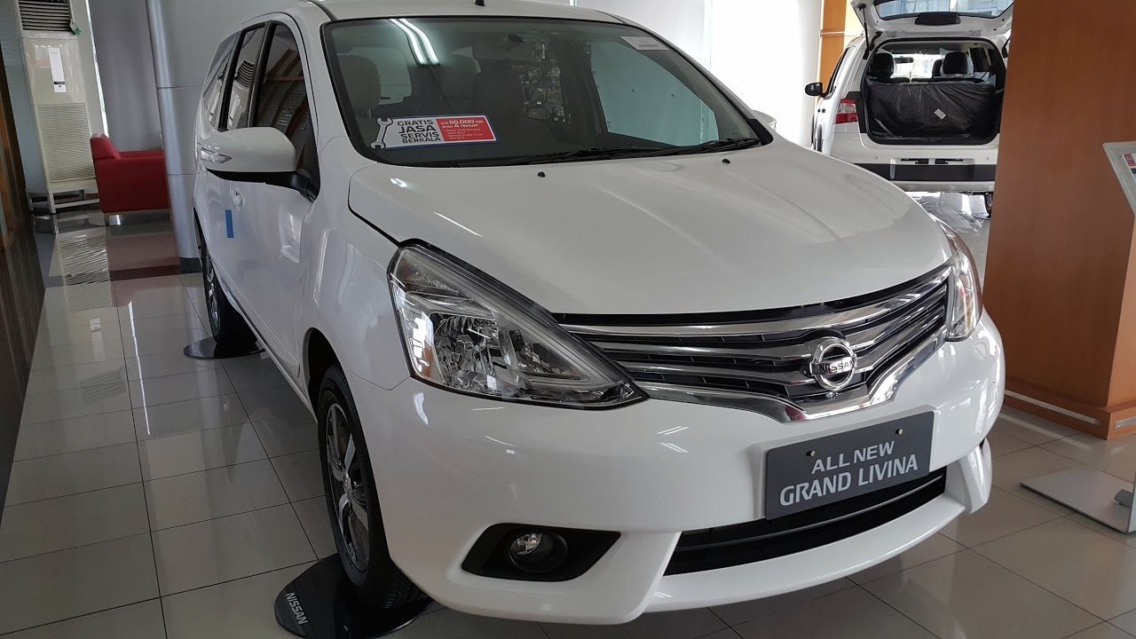 Grand New Veloz Vs Mobilio Rs Cvt All Camry 2017 Indonesia Nissan Livina 1 5 Xv Xtronic At Youtube
