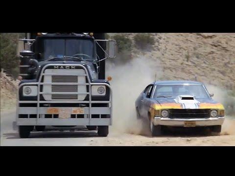 '77 Mack vs. '71 Chevelle in Convoy