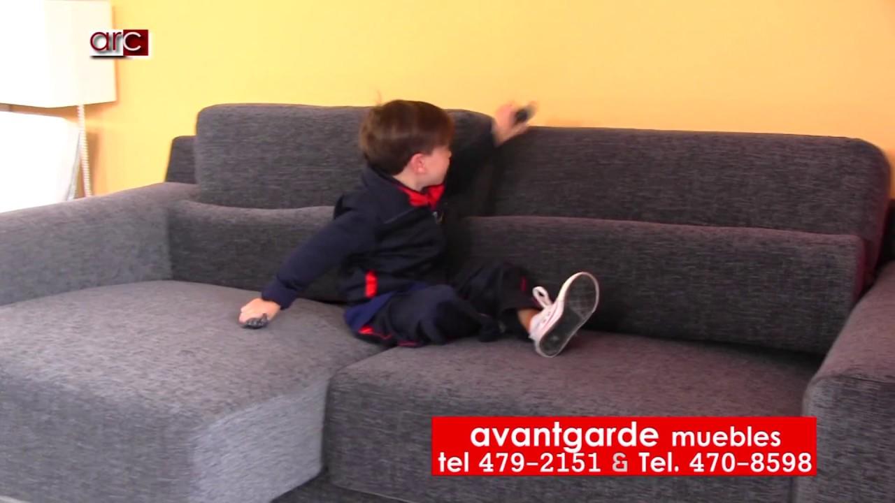 Sillon SOFIA en AvantGarde La Plata Muebles - YouTube