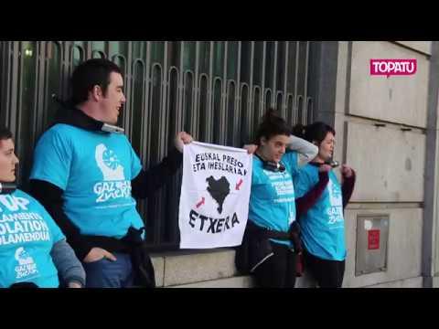 #GazteokZuekin | Preso eta iheslarien alde kateatuta Paris eta Madrilen
