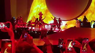 Ariana Grande - ( Raindrops,God Is A Woman,Bad Idea) Sweetener World Tour Vienna,Austria