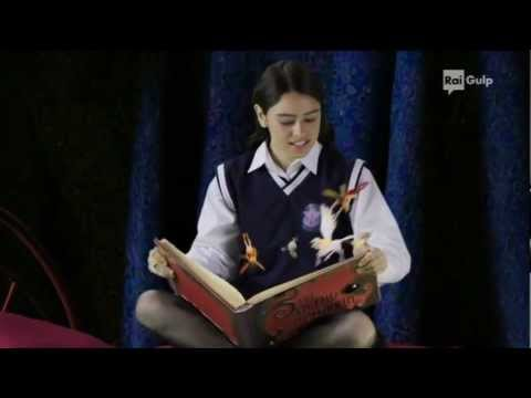 sigla d'apertura 1° episodio cantata in Italiano da Daniela Belleudi