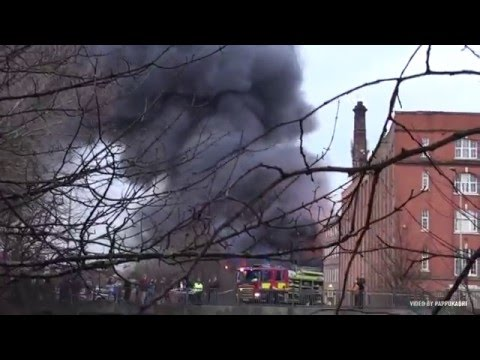 a huge fire in leicester 28 12 2015