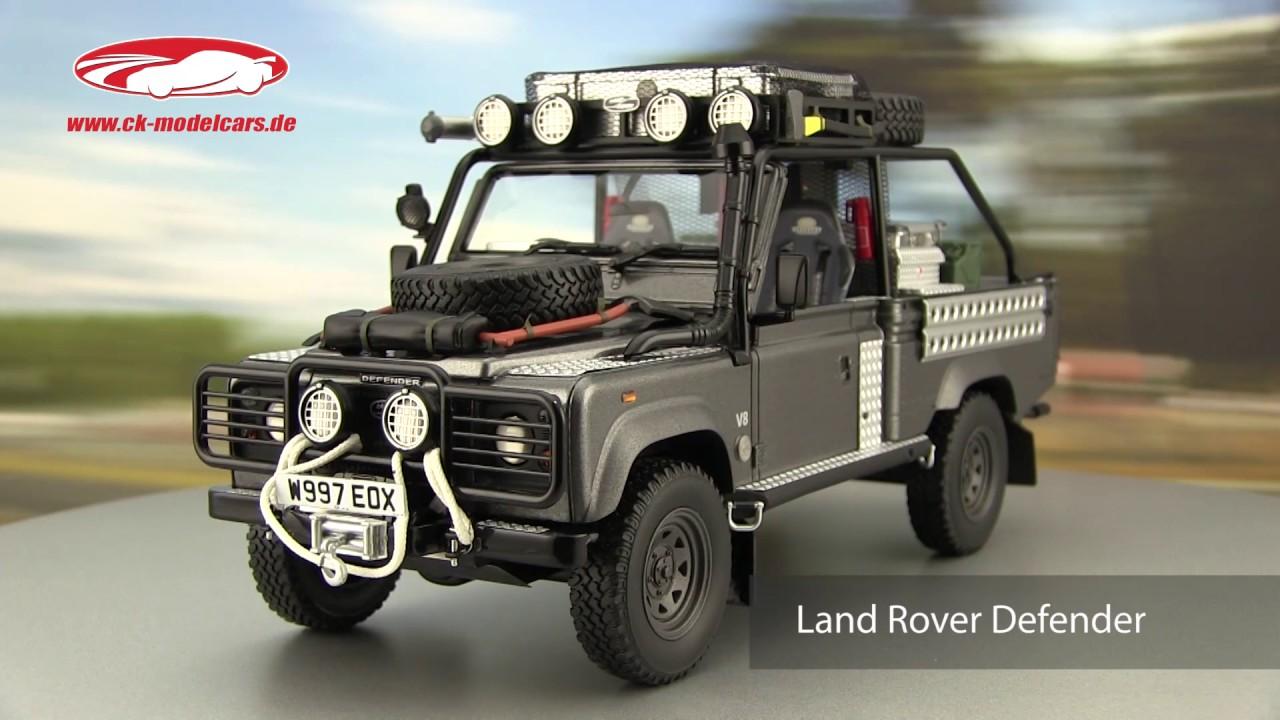 Ck Modelcars Video Land Rover Defender Film Tomb Raider Lara Croft 2001 Grau Silber Kyosho