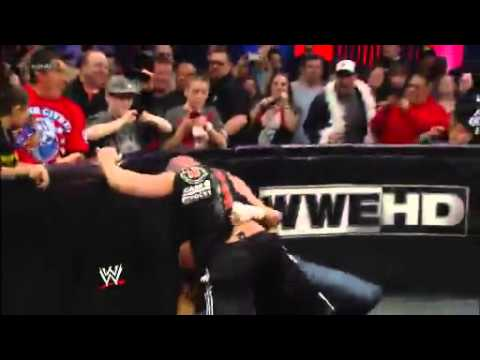 Paul Heyman ataca a Mr. Mcmahon - Triple H ataca a Brock Lesnar Raw 25 de febrero de 2013