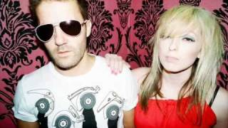 The Ting Tings - We Walk (Acoustic)